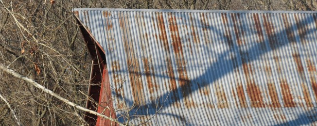 cropped-barn-roof-shadows-thanksgiving-131.jpg